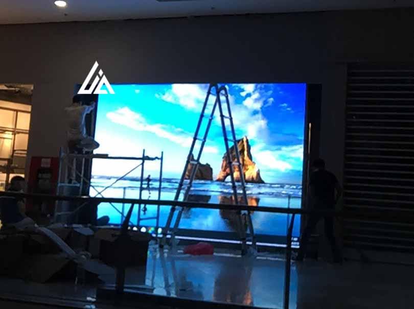 màn hình LED P2.5 Royal Hà Nội